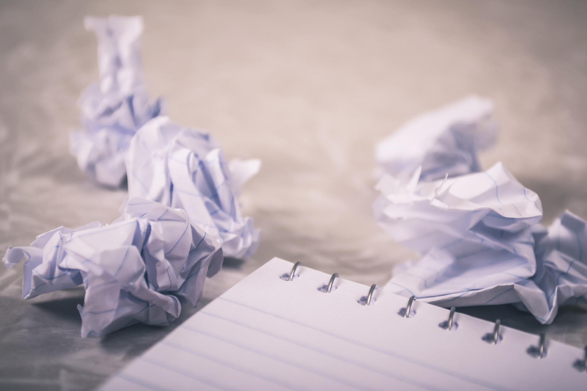 Paura del foglio bianco blocco dello scrittore